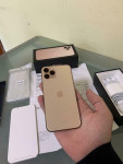 Iphone 11 pro max or 64gb