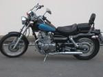 Honda Rebel noir et bleu année 1998