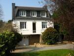 Vacances à Concarneau Finistere. Maison individuelle dans jardin