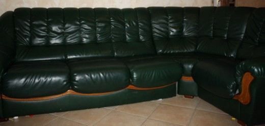 Vends grand canap d 39 angle droit 5 6 places cause changement lillers - Canape cuir vert ...