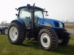 2007 New Holland T6030 Prix​​: 9000 EUR    Marque: NEW