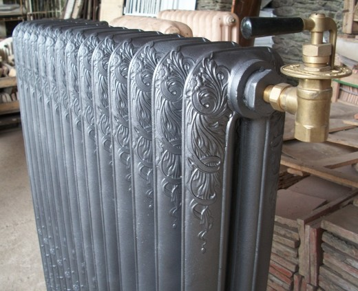 radiateur en fonte ancien enti rement r nov nantes. Black Bedroom Furniture Sets. Home Design Ideas