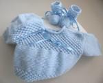 Trousseau bleu bébé tricot laine fait main