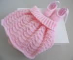Jupe et chaussons roses layette bébé tricot laine