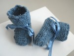 Tricot bébé chaussons bleu charron laine