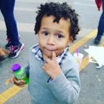 Besoin de baby sitter pour garder notre petit prince roger